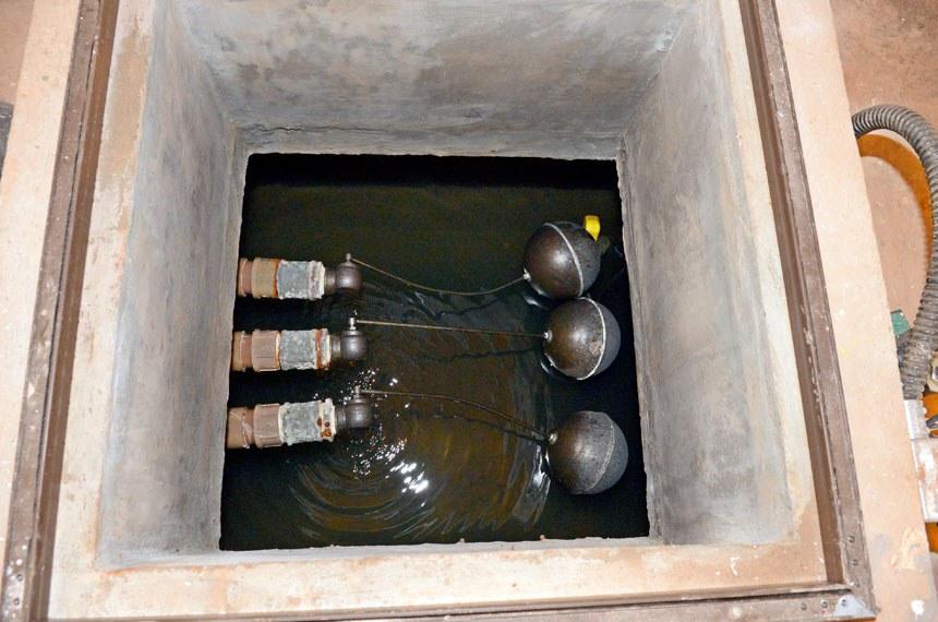 A ideia da proposta é que novas edificações contenham reservatórios para água captada das chuvas