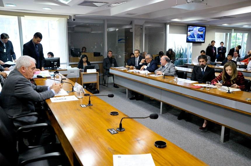 Reunião da Comissão de Meio Ambiente, presidida pelo senador Otto Alencar (PSD-BA), em 23 de fevereiro deste ano