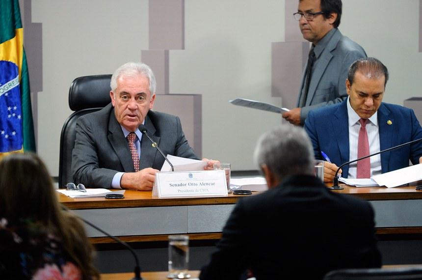 Otto Alencar alertou para o risco da morte de rios no Brasil