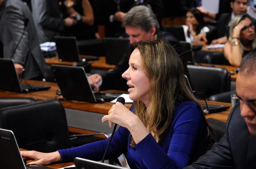 Senadora Vanessa Grazziotin relatou a PEC na CCJ