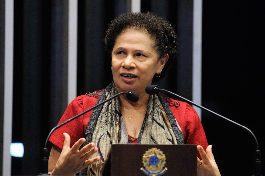 Regina Sousa comemorou que o projeto é fruto de sua relatoria na CDH sobre as políticas públicas de combate à violência contra a mulher