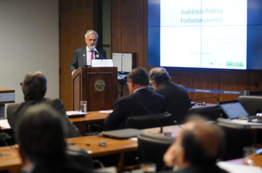 Diretor do Departamento de Ciência e Tecnologia da Secretaria de Ciência, Tecnologia e Insumos Estratégicos do Ministério da Saúde, Pedro Prata