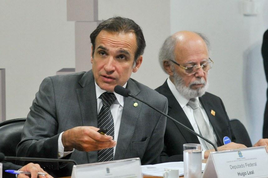 O deputado Hugo Leal ressaltou o fato de que a Justiça brasileira não é severa em relação aos crimes de trânsito comparativamente a outros tipos de homicídios ou crimes