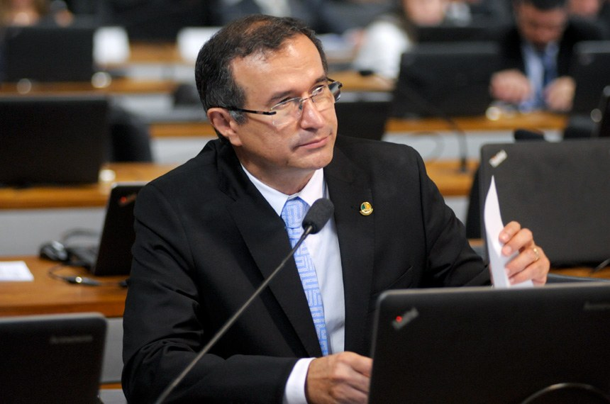 Relator na CCJ, Douglas Cintra recomendou a aprovação da mudança no Código Civil