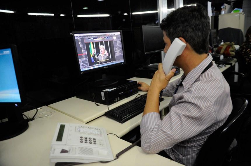 Restrição de ramais também reduziu o uso de telefone fixo no Senado