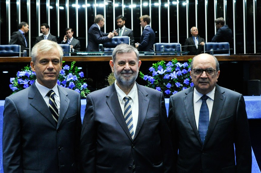 Fábio Varela (representando Abílio Diniz), Jandir José Milan e José Augusto Vieira