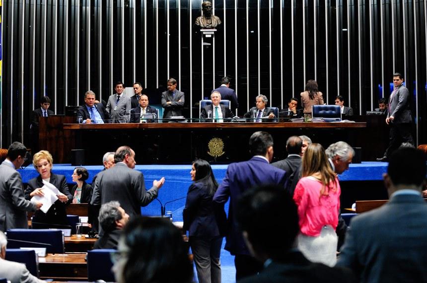 Plenário na sessão deliberativa de 21 de junho, quando o substitutivo da Câmara foi aprovado