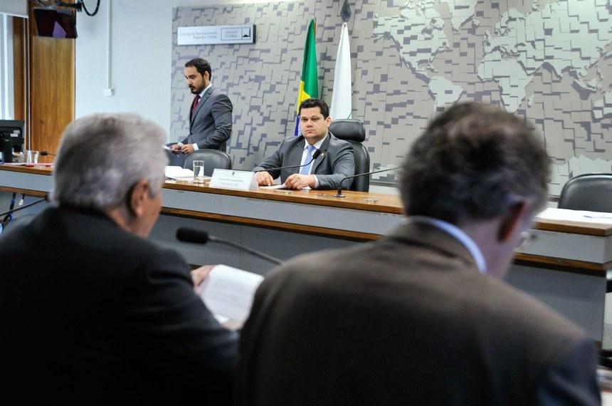 Plenário da CDR na reunião de 15 de junho passado