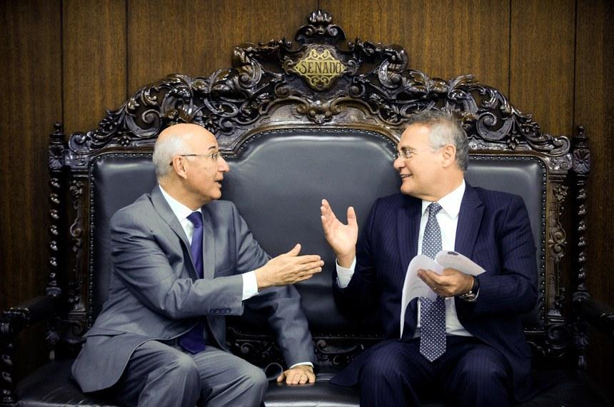A data da promulgação foi acertada em encontro de Ives Gandra com Renan Calheiros