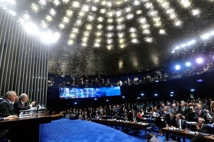 Plenário do Senado na sessão final do julgamento do impeachment nesta terça-feira (31)
