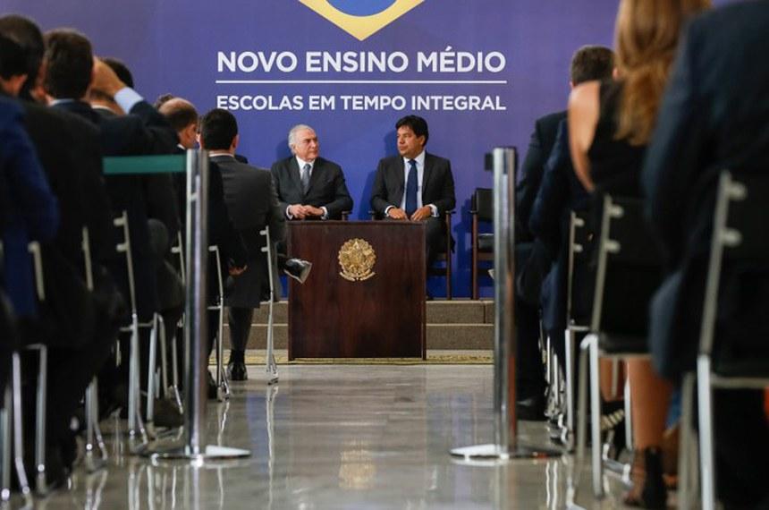 A MP do ensino médio foi anunciada pelo presidente Michel Temer e pelo ministro da Educação, Mendonça Filho, em solenidade no Palácio do Planalto no último dia 22