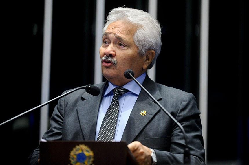 Plenário do Senado Federal durante sessão não deliberativa.   Em discurso, senador Elmano Férrer (PTB-PI).   Foto: Moreira Mariz/Agência Senado
