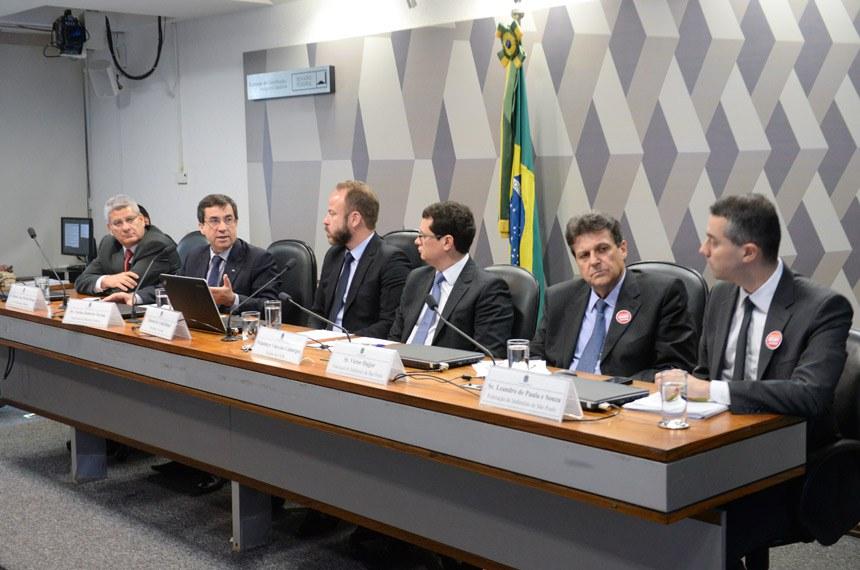 cd81b7ea95 Comissão de Juristas responsável pela elaboração de anteprojeto de Lei  Geral do Desporto Brasileiro (CJDB