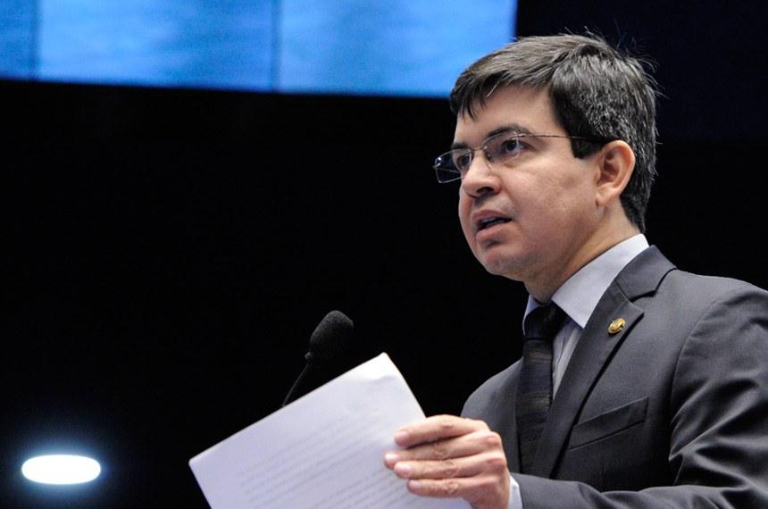 O senador Randolfe Rodrigues (Rede-AP) é o relator da PEC
