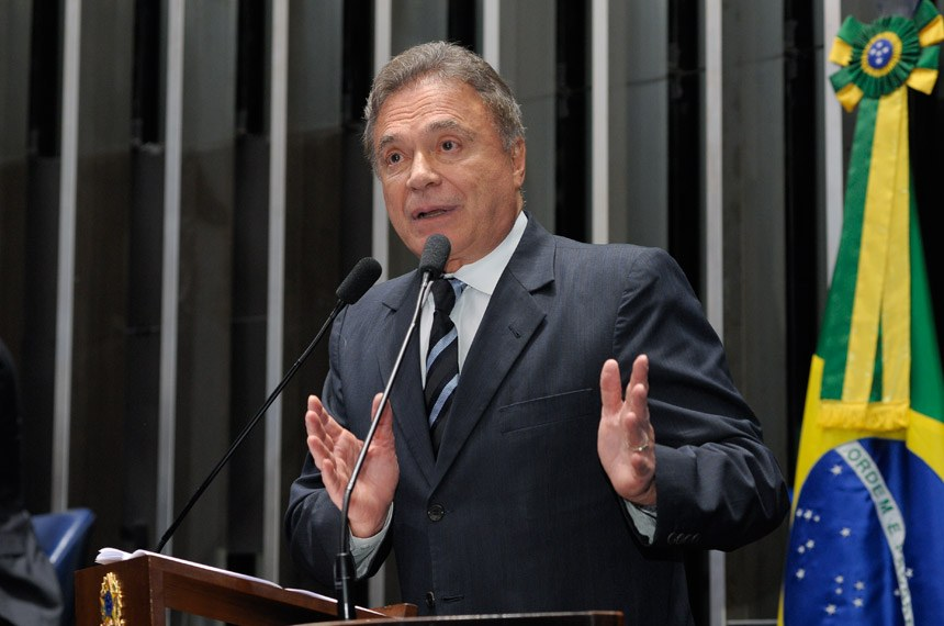 Plenário do Senado Federal durante sessão deliberativa ordinária.  Em discurso, senador Alvaro Dias (PV-PR).  Foto: Waldemir Barreto/Agência Senado