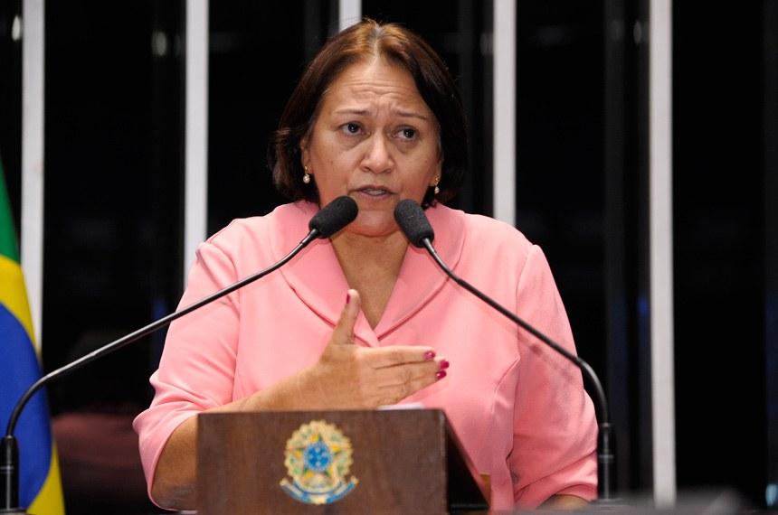 Plenário do Senado Federal durante sessão deliberativa ordinária.  Em discurso, senador  Fátima Bezerra (PT-RN).   Foto: Waldemir Barreto/Agência Senado