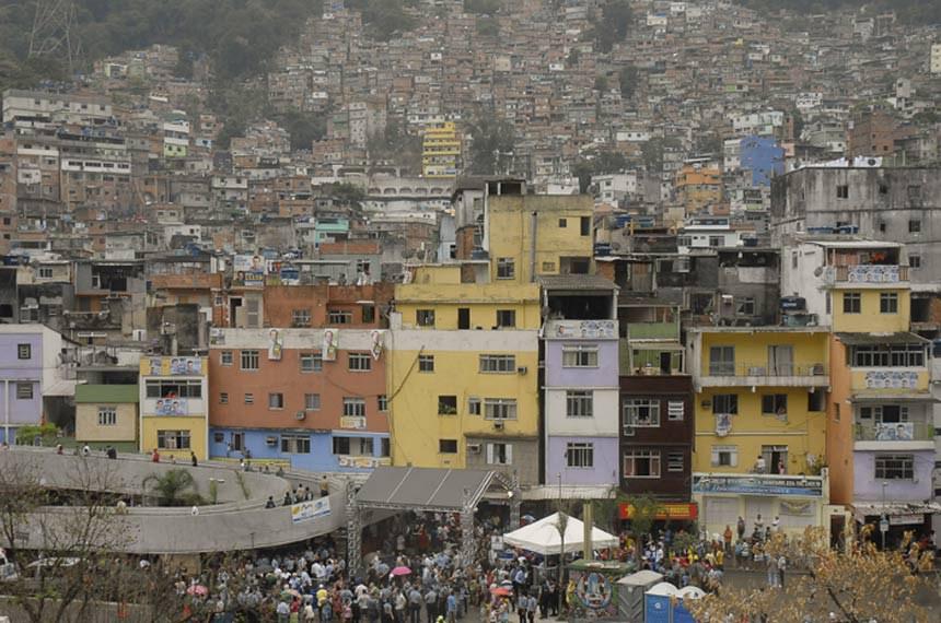 Rio de Janeiro - Inauguração da 28ª Unidade de Polícia Pacificadora - UPP na comunidade da Rocinha, zona sul da capital fluminense. Com um efetivo de 700 policiais militares que irão patrulhar 25 subcomunidades nos cerca de 840 mil metros quadrados de área