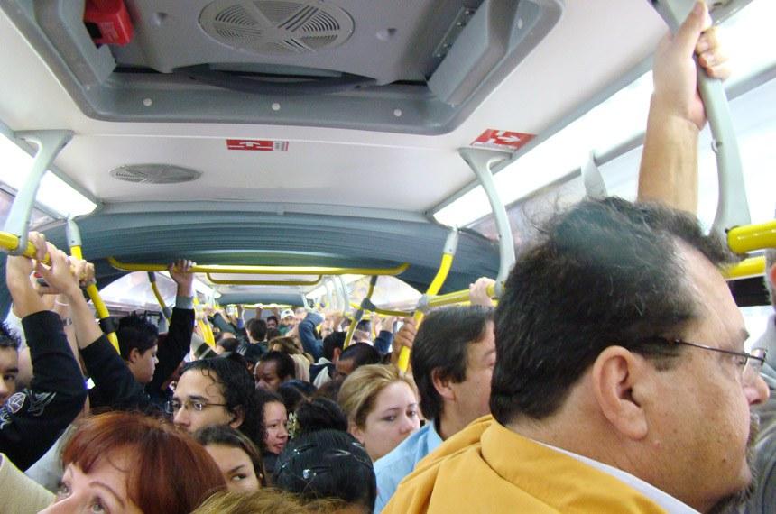 Ligeirão Azul inauguração em Curitiba Abr/2011