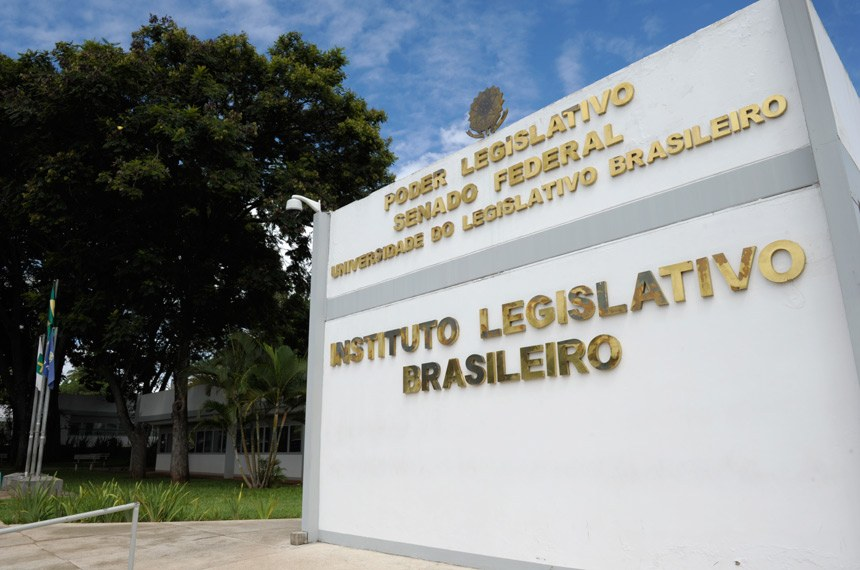 Fachada do Instituto Legislativo Brasileiro (ILB) do Senado Federal.