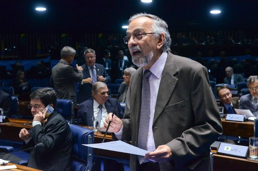 Plenário do Senado durante sessão deliberativa ordinária.  Em pronunciamento, senador João Capiberibe (PSB-AP).  Foto: Ana Volpe/Agência Senado
