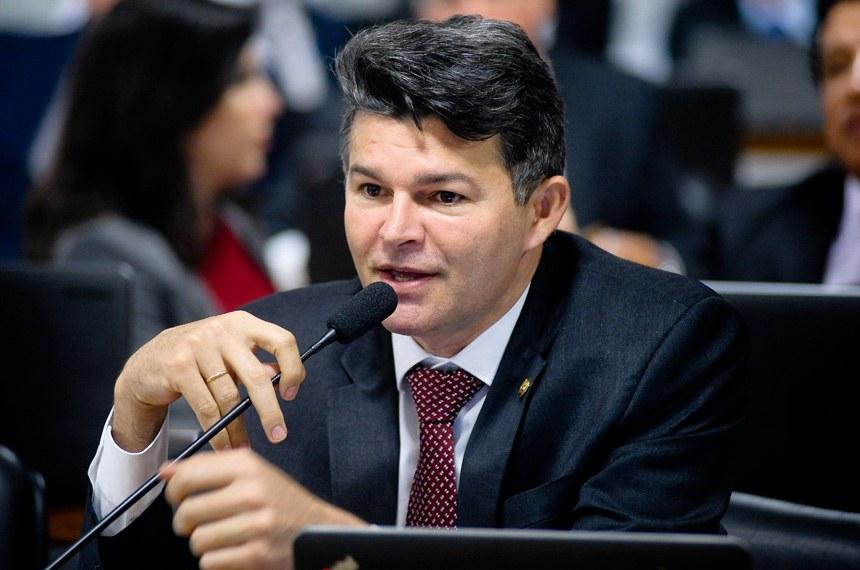 Candidato à Presidência do Senado, José Medeiros é vice-líder do governo —  Senado Notícias