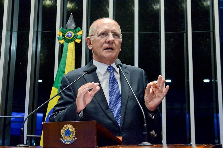 Plenário do Senado durante sessão deliberativa ordinária.  Em discurso, senador Paulo Bauer (PSDB-SC).  Foto: Ana Volpe/Agência Senado