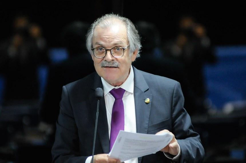Plenário do Senado durante sessão deliberativa extraordinária. Ordem do dia  Em pronunciamento, senador Dalírio Beber (PSDB-SC).  Foto: Pedro França/Agência Senado