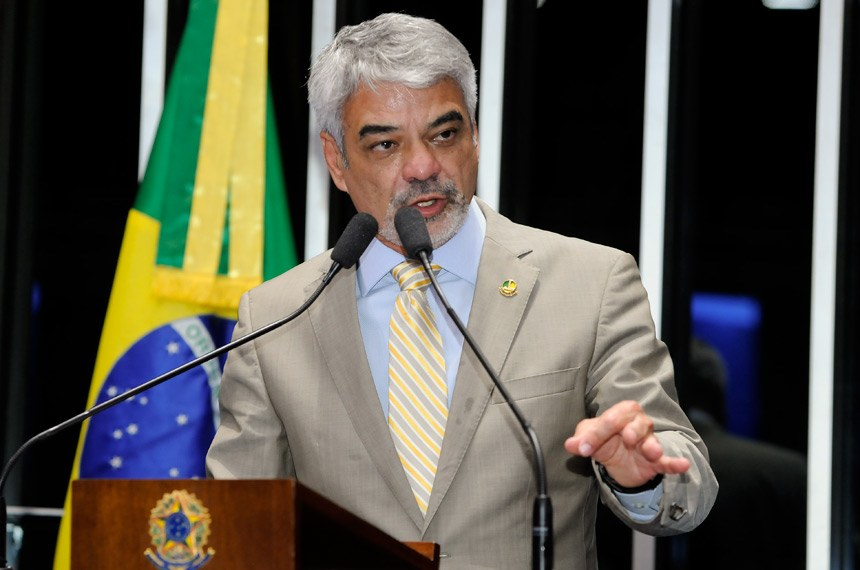 Plenário do Senado Federal durante sessão deliberativa ordinária.  Em discurso, senador Humberto Costa (PT-PE).   Foto: Waldemir Barreto/Agência Senado