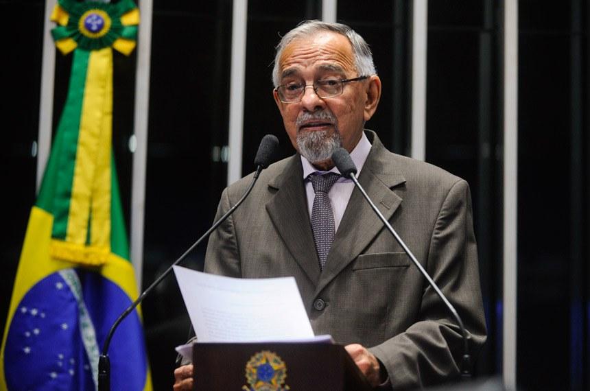 Plenário do Senado durante sessão deliberativa ordinária.  Em discurso à tribuna, senador Hélio José (PSD-DF).  Foto: Moreira Mariz/ Agência Senado.