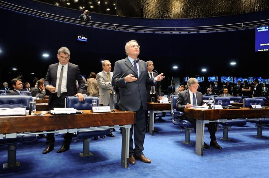 Plenário do Senado Federal durante sessão deliberativa ordinária.  Em pronunciamento, senador Renan Calheiros (PMDB-AL).  Foto: Waldemir Barreto/Agência Senado