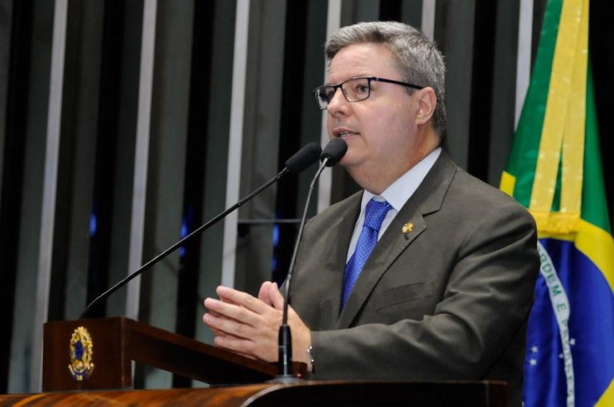 Plenário do Senado Federal durante sessão não deliberativa ordinária.  Em discurso, senador Antonio Anastasia (PSDB-MG).   Foto: Waldemir Barreto/Agência Senado