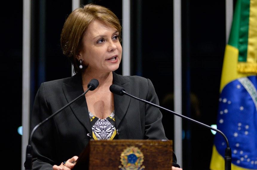 Plenário do Senado durante sessão não deliberativa.  Em discurso, senadora Ângela Portela (PT-RR).  Foto: Jefferson Rudy/Agência Senado