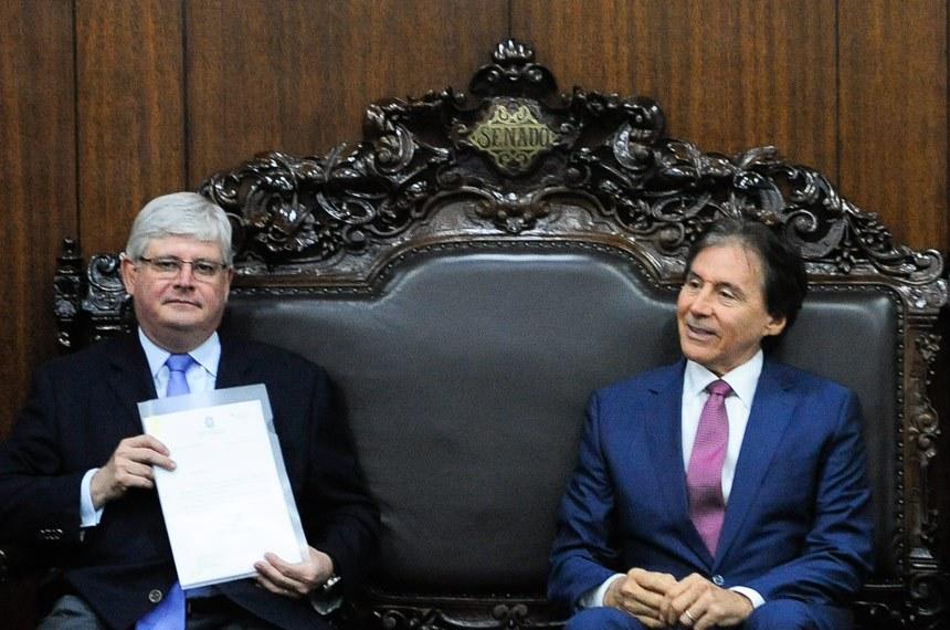 Presidente do Senado, Eunício Oliveira (PMDB-CE) recebe procurador-Geral da República, Rodrigo Janot.    Foto: Jane de Araújo/Agência Senado