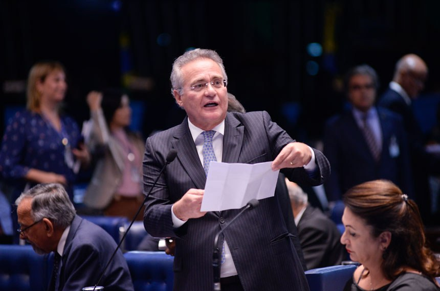 Plenário do Senado durante sessão deliberativa ordinária.  Em pronunciamento, senador Renan Calheiros (PMDB-AL).  Foto: Jefferson Rudy/Agência Senado