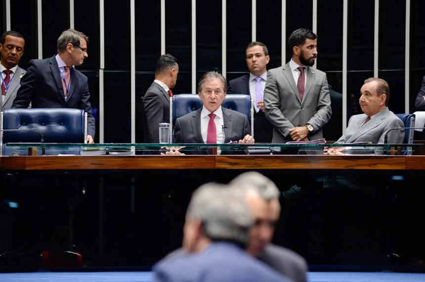 Plenário do Senado durante sessão deliberativa ordinária. Ordem do dia.  Em destaque, presidente do Senado, senador Eunício Oliveira (PMDB-CE).  Foto: Jefferson Rudy/Agência Senado