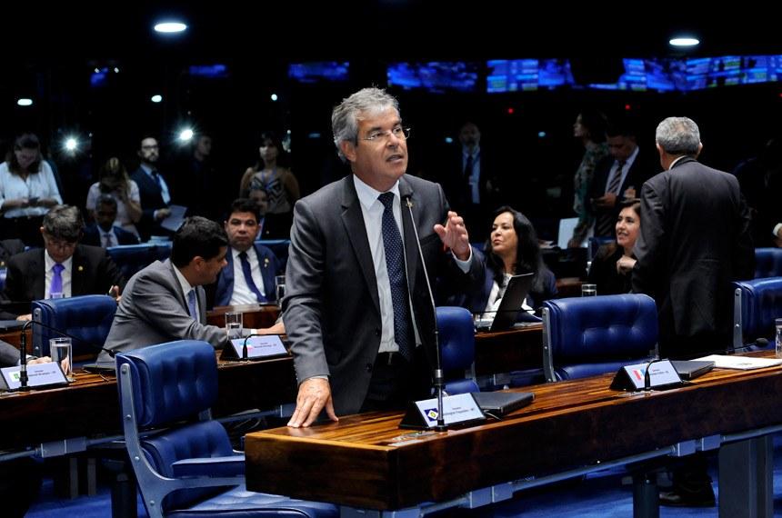 Plenário do Senado durante sessão deliberativa ordinária.   Em pronunciamento, senador Jorge Viana (PT-AC).   Foto: Waldemir Barreto/Agência Senado