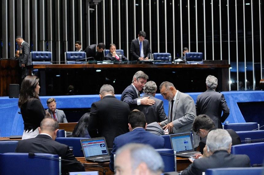 Plenário do Senado durante sessão deliberativa ordinária.  À  mesa, presidente do Senado, senador Eunício Oliveira (PMDB-CE);   Foto: Waldemir Barreto/Agência Senado