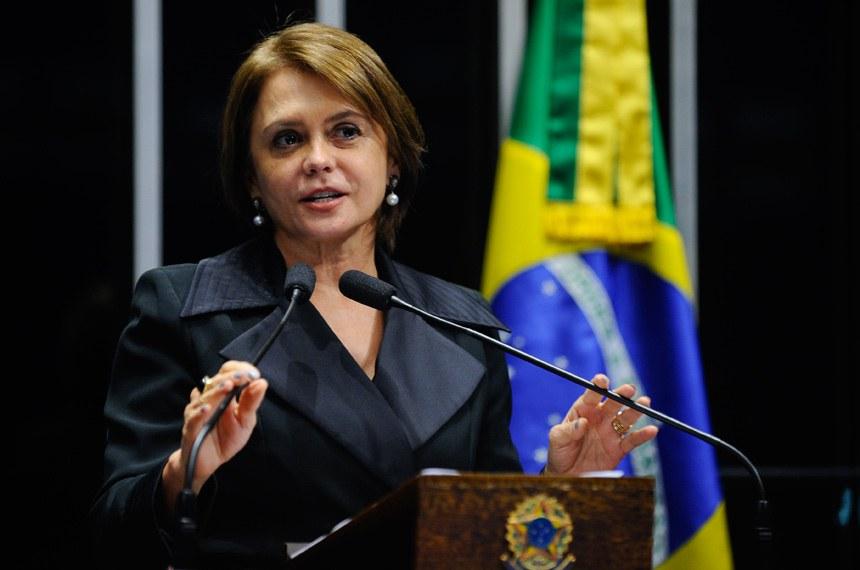 Plenário do Senado durante sessão deliberativa ordinária.  Em discurso,  senadora Ângela Portela (PDT-RR).  Foto: Marcos Oliveira/Agência Senado