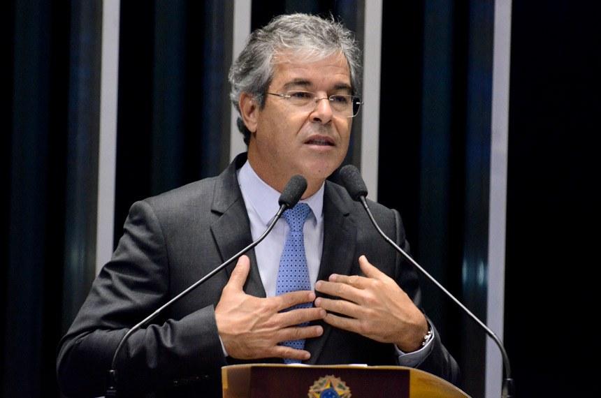 Plenário do Senado durante sessão deliberativa ordinária.  Em discurso, senador Jorge Viana (PT-AC).  Foto: Ana Volpe/Agência Senado