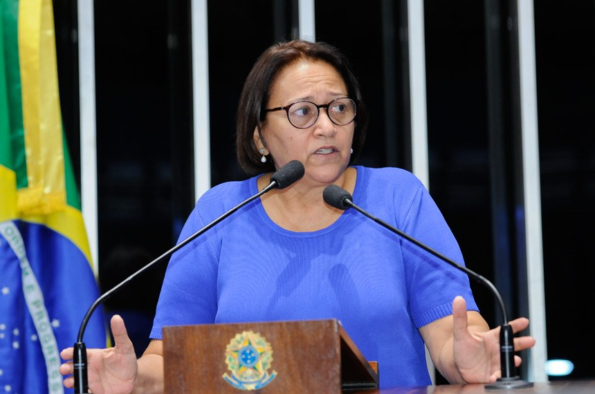 Plenário do Senado durante sessão deliberativa ordinária.  Em discurso, senadora Fátima Bezerra (PT-RN).  Foto: Waldemir Barreto/Agência Senado