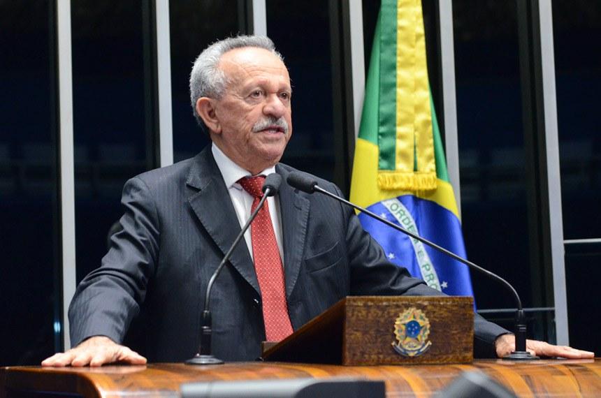 Plenário do Senado Federal durante sessão deliberativa ordinária.   Em discurso, senador Benedito de Lira (PP-AL).    Foto: Ana Volpe/Agência Senado