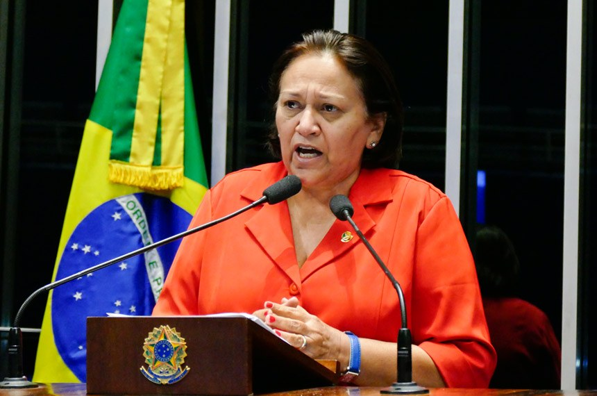 Plenário do Senado Federal durante sessão deliberativa ordinária.   Em discurso, senadora Fátima Bezerra (PT-RN).   Foto: Roque de Sá/Agência Senado