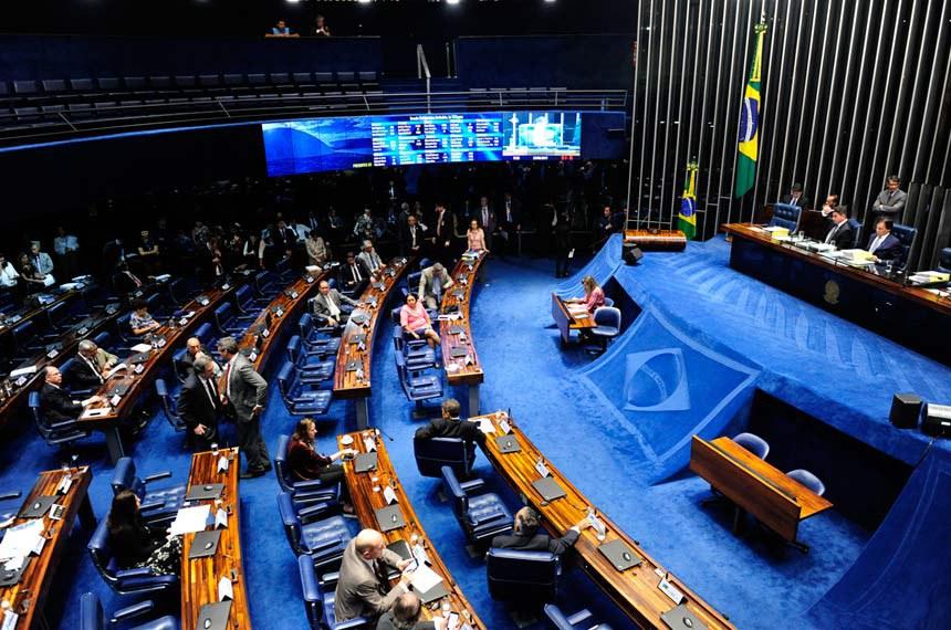 Plenário do Senado durante sessão deliberativa ordinária.  Mesa: senador Gladson Cameli (PP-AC); presidente do Senado Federal senador Eunício Oliveira (PMDB-CE).  Foto: Jonas Pereira/Agência Senado