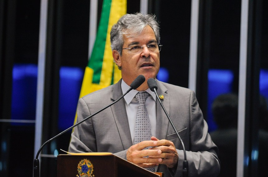 Plenário do Senado durante sessão deliberativa ordinária.  Em discurso, senador Jorge Viana (PT-AC).   Foto: Marcos Oliveira/Agência Senado