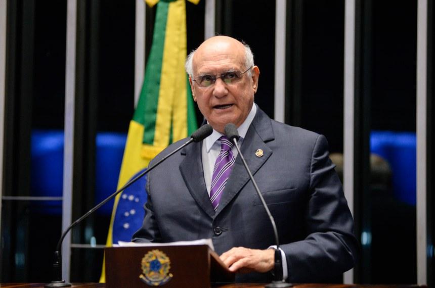 Plenário do Senado Federal durante sessão deliberativa ordinária.   Em discurso, senador Lasier Martins (PSD-RS).   Foto: Jefferson Rudy/Agência Senado