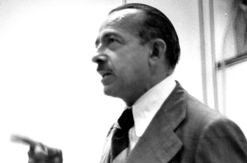"""Deputado Freitas Nobre, parlamentar paulista do MDB, ala """"autêntica"""", mais alinha à esquerda"""