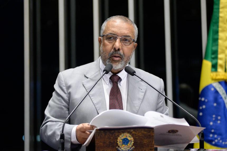 Plenário do Senado durante sessão não deliberativa.  Em discurso, senador Paulo Paim (PT-RS).  Foto: Jefferson Rudy/Agência Senado