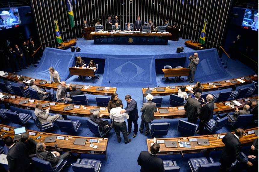 Plenário do Senado Federal durante sessão deliberativa ordinária. Geral do plenário.   Mesa:  senador João Alberto Souza (PMDB-MA);  presidente do Senado Federal, senador Eunício Oliveira (PMDB-CE)   Foto: Jefferson Rudy/Agência Senado