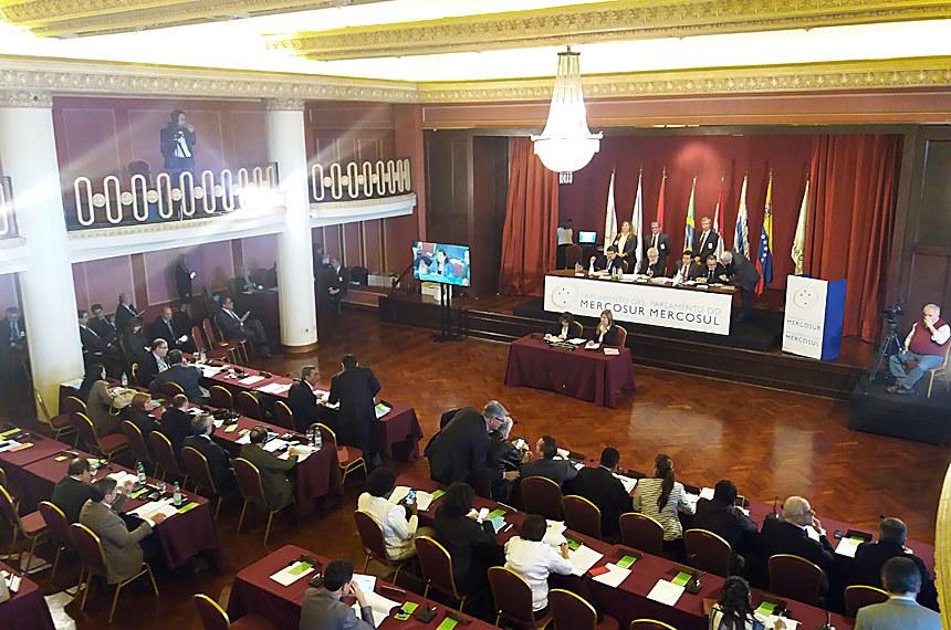 Montevideo, Uruguai - 26.06.2017 Plenário do Parlasul