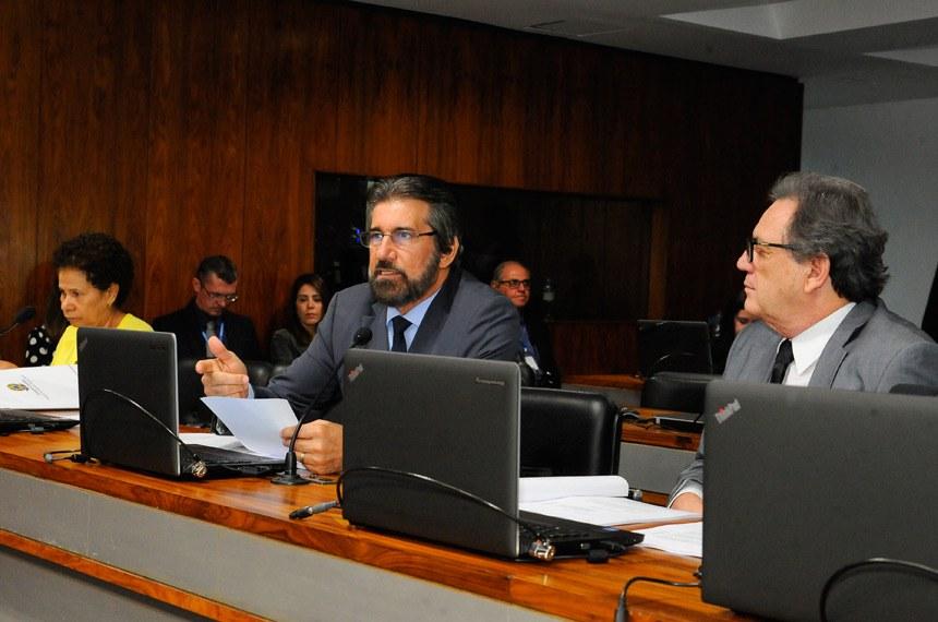 Na Comissão de Agricultura e Reforma Agrária (CRA), o projeto foi relatado pelo senador Valdir Raupp (PMDB-RO), para quem o desenvolvimento sustentável da produção, com participação do poder público e da iniciativa privada, demonstra ser uma das prioridades da proposição